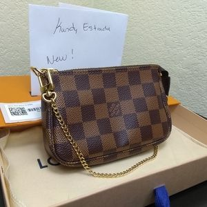 Louis Vuitton Mini Pochette New!!!!!
